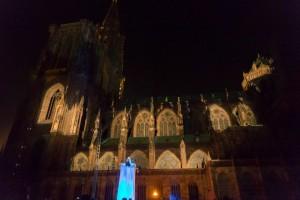 Millénaire de la Cathédrale, habillage de l'élevateur, CP Jean François Badias pour la CUS