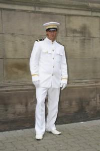 L'uniforme de Marin's... Toujours élégant quand il est à vos mesures. Rentrer dans la peau de richard Geere dans Officier and Gentleman