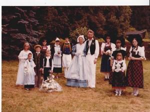 noce en costume traditionnel