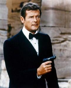Roger Moore, un James Bond plus léger entre 1973 et 1985