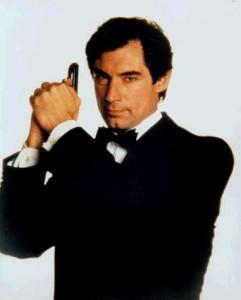 Timothy Dalton, James Bond en 1987 et 1989