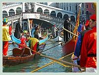 Carnaval des vénitiens en bateau photo e-venise.com