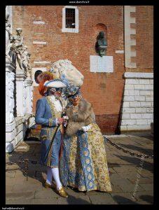 costumes XVIII ème bleu et or Atelier la Colombe Strasbourg