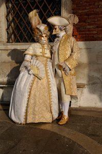 Voyage de noces à Venise pendant le Carnaval