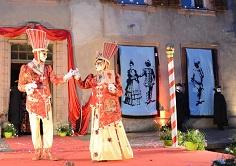 2 panneaux utilisés pendant la parade nocturne du Carnaval Vénitien de Dieuze