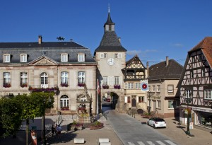 ville de Rosheim, hôtel de Ville et porte