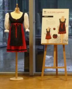 Robe-tablier pour l'Atelier la colombe Stylisme Elise Oeuvrard Modélisme Rita TATAI