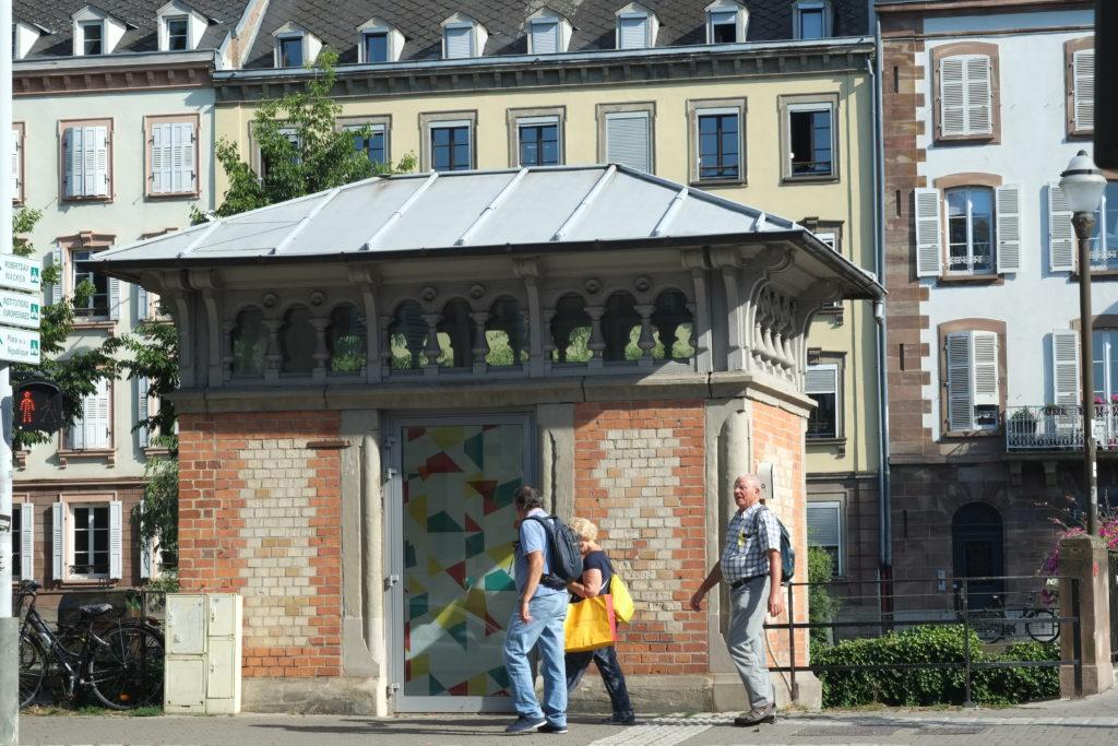 """Petit Cabinet, installation """"A Reminiscent Summons"""" Faubourg des Créateurs 2019 CP Patrick Lambin"""